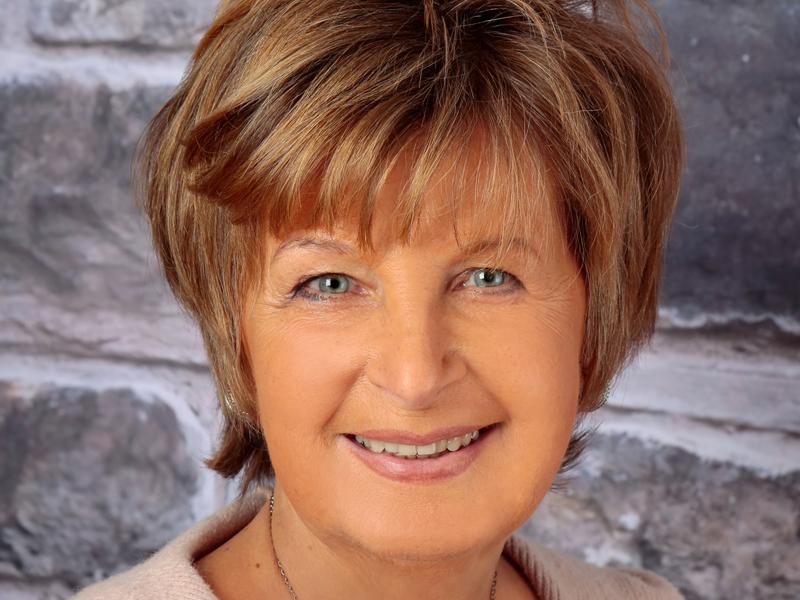 angelika Moeller