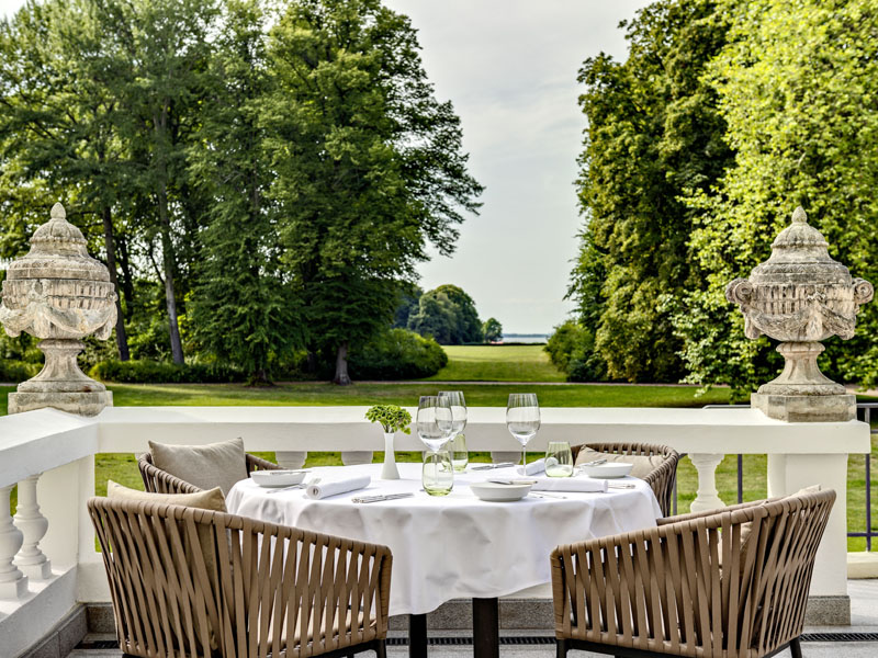 Courtier Weissenhaus Grand Village Restaurant Michelin Guide