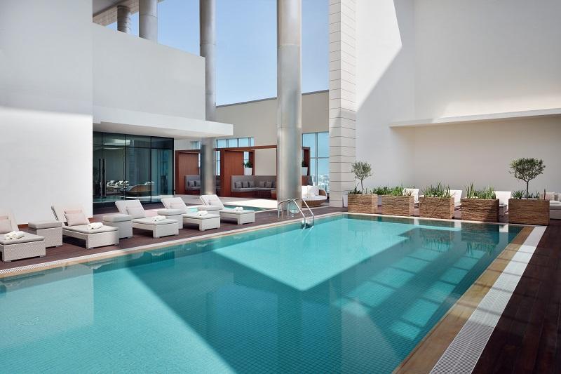 Rooftop Pool im Mariott Abu Dhabi Downtown
