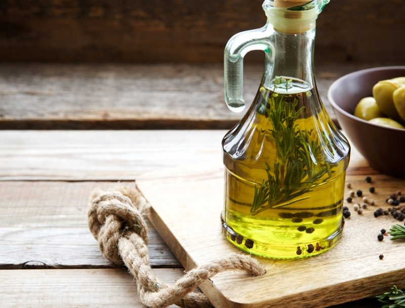 Olivenoel aus Ligurien