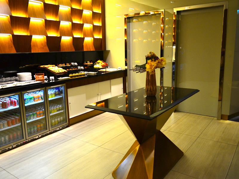 Etihad First Class Lounge Abu Dhabi