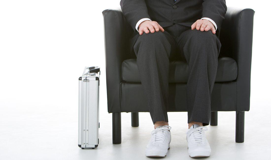 e3a4a53340c4cf Sneaker zum Anzug  Geht das  - The Frequent Traveller