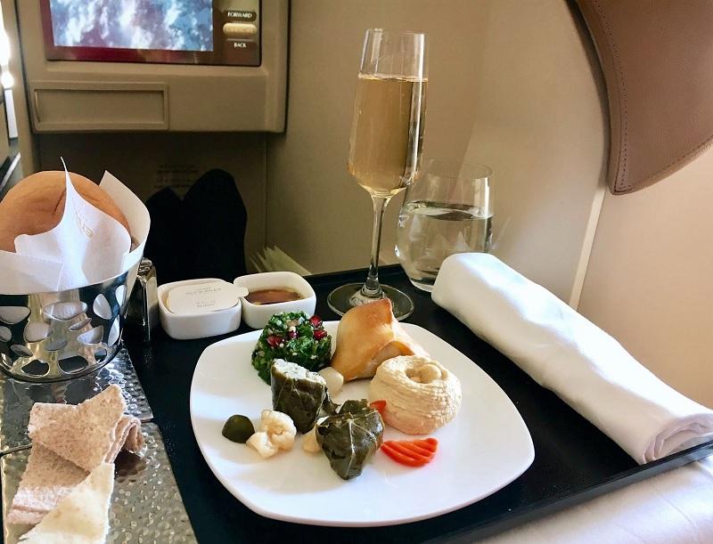 etihad_business-class_mezze_food
