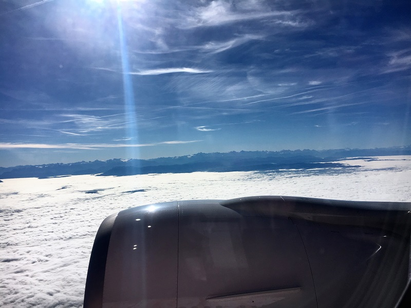 Über den Alpen fühlt sich die Boeing 777 von SWISS heimisch