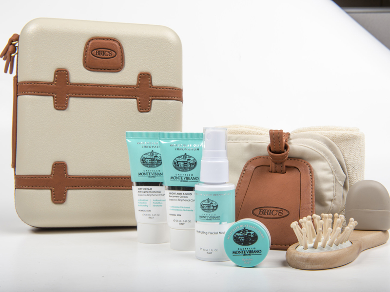 Amenity Kits First Class Passagiere Qatar