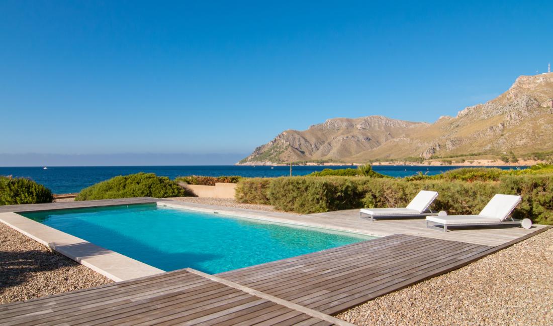 pools ferienwohnung mittelmeer villa enigma auf mallorca 1 c the frequent. Black Bedroom Furniture Sets. Home Design Ideas