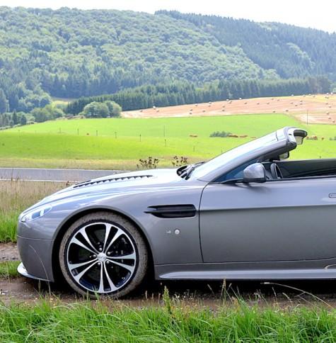 Fahrbericht Aston Martin V12 Vantage S Roadster