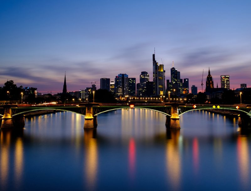 Single bars in frankfurt am main